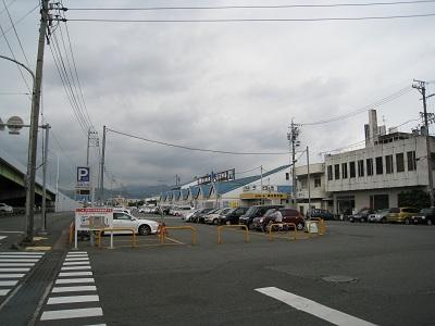 河岸の市(駐車場と河岸の市)