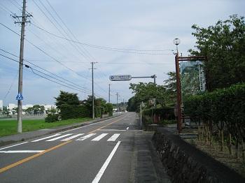 勝間田公園前面道路