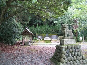勝間田公園(狛犬)