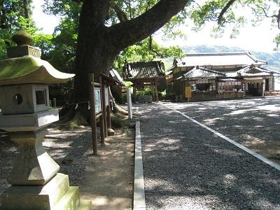 事任八幡宮(鳥居)