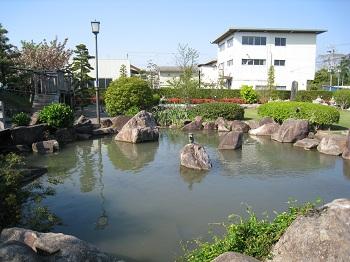 塩の道公園(池)
