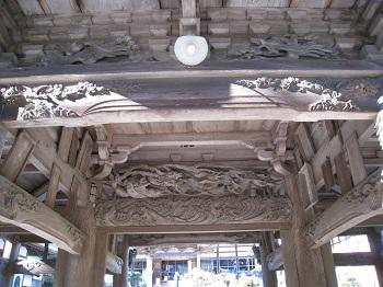 石雲院(山門彫刻)