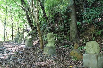 滝ノ谷不動峡(お地蔵さん)