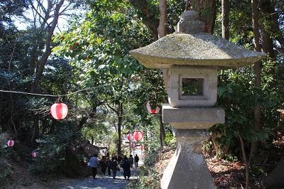 龍尾神社(本殿に続く階段)