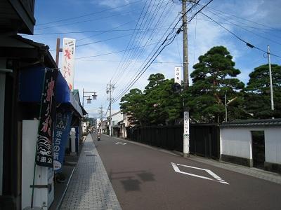 由比宿(旧東海道沿い)