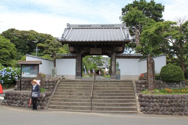山門(香勝寺/ききょう寺)