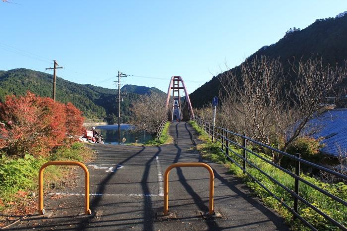 道の駅「花桃の里」(夢のかけ橋を渡る直前)