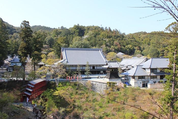 奥山方広寺(遠景)