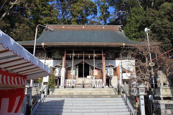 飽波神社本殿(正面)