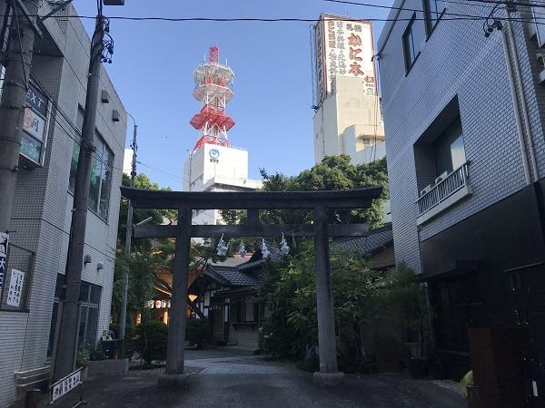 小梳神社(もう一つの入口)