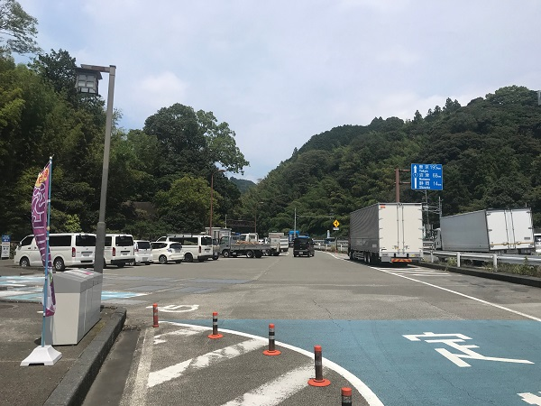 道の駅宇津ノ谷峠(藤枝側)「駐車場」